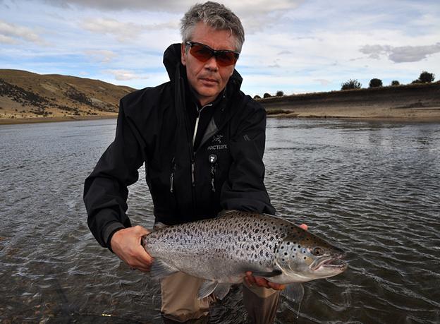 Fly fishing holidays sea trout fishing at Las Buitreras Argentina