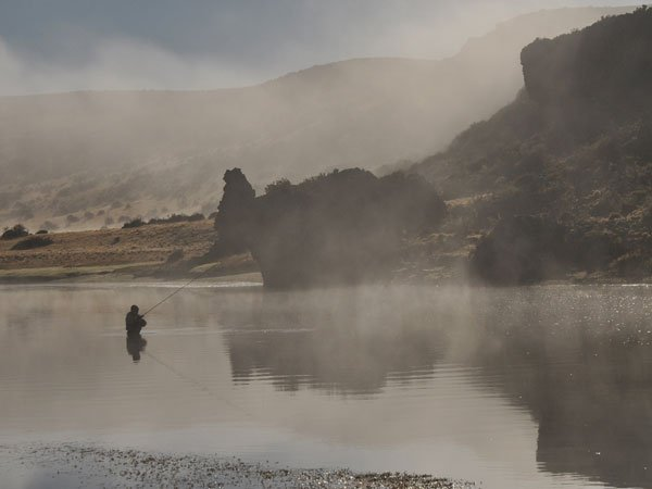 lovely morning mist sea trout fly fishing at Las Buitreras Argentina Las Buitreras Lodge Report