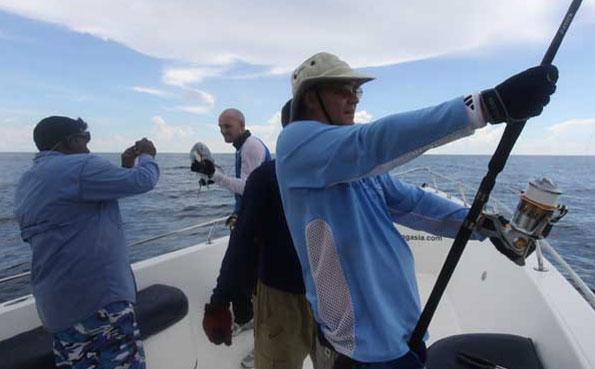 battling a big gt Fishing Report Andaman