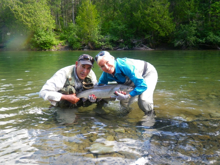 Barbara Crook from Salmon Sister and Salmon Lodge guide Reg put a nice one back, congratulations Barbara!
