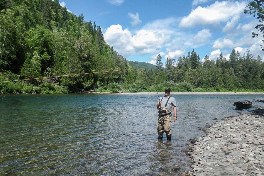 Atlantic salmon fishing canada salmon lodge sportquest for Canada fishing lodges