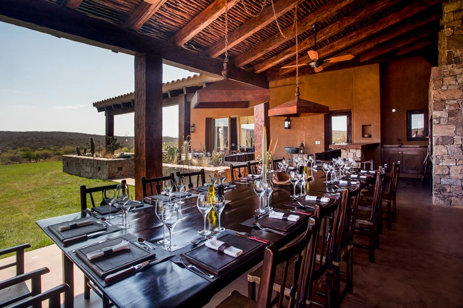 food and drink at guayascate lodge
